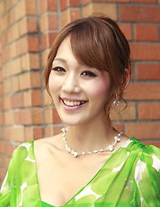 fuchiwaki-reina